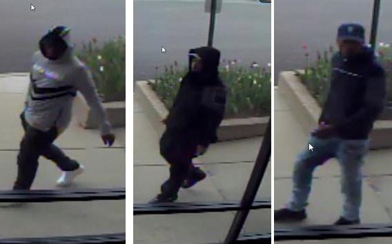Verizon store robbed at gunpoint in Waukegan