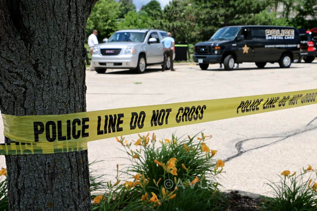 Dead body pulled from pond near OfficeMax in Crystal Lake