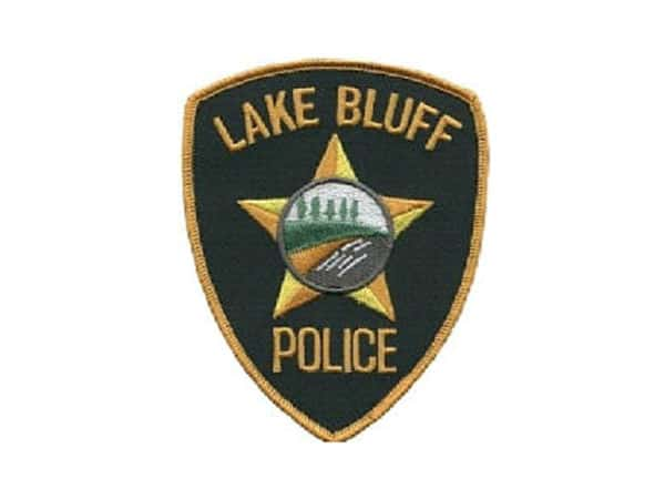 Home burglar awakens Lake Bluff resident