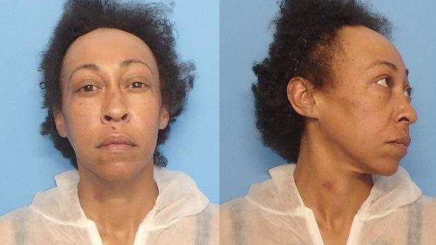 Waukegan woman charged with murder after stabbing man to death