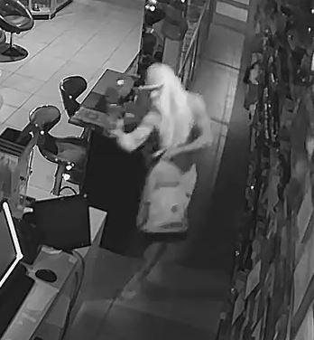 Gurnee police ask for help identifying vape shop burglar