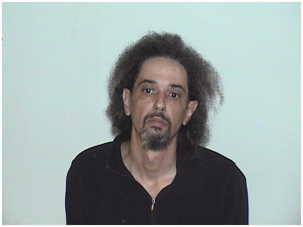 Wanted sex offender tries to run from police during arrest warrant in Waukegan