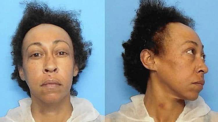 Prosecutors: Woman killed boyfriend to defend daughter in Waukegan stabbing