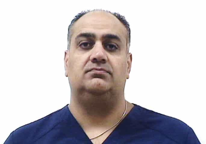 Algonquin dentist arrested after allegedly sexually assaulting woman