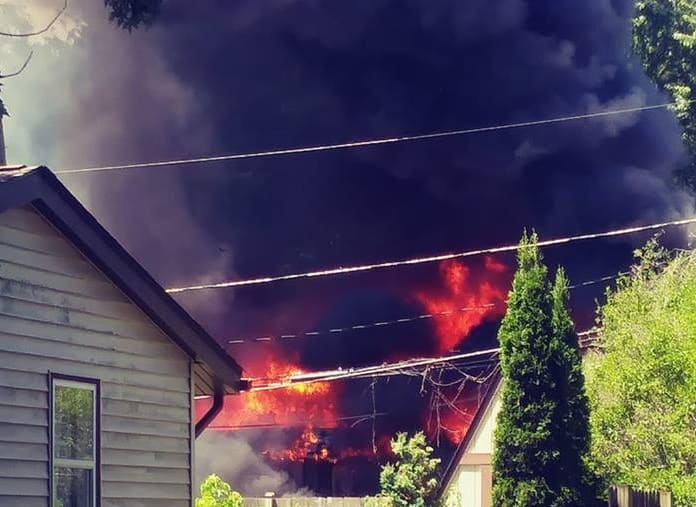 2 dogs dead after fire engulfs home in unincorporated McHenry