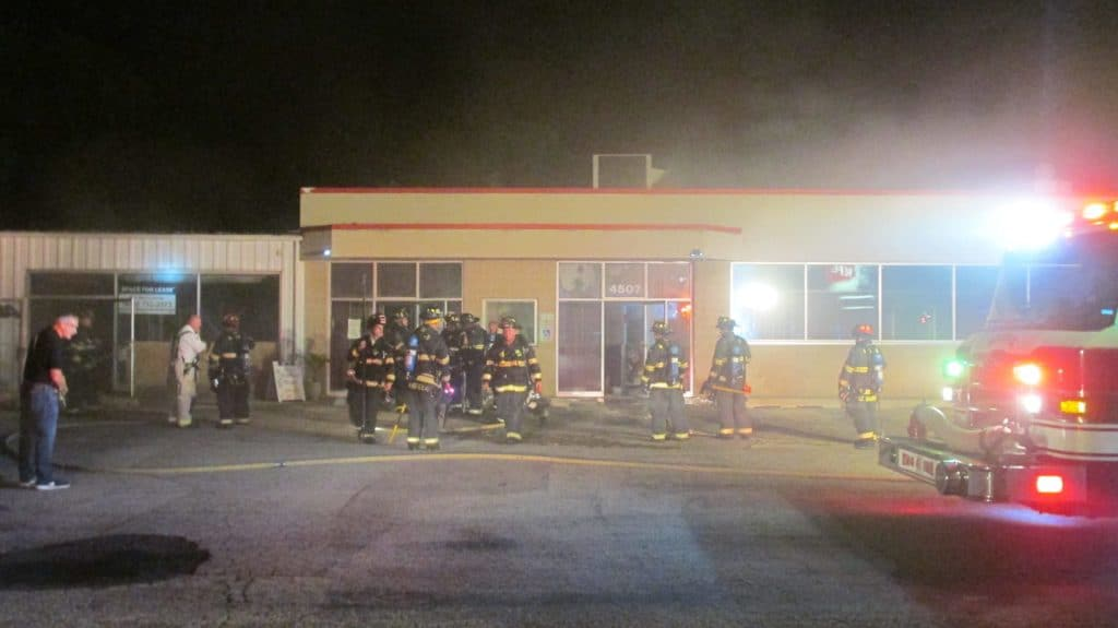 McHenry tanning salon uninhabitable after fire breaks out