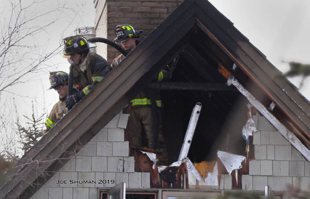 17 residents displaced after fire in assisted living facility in Gurnee