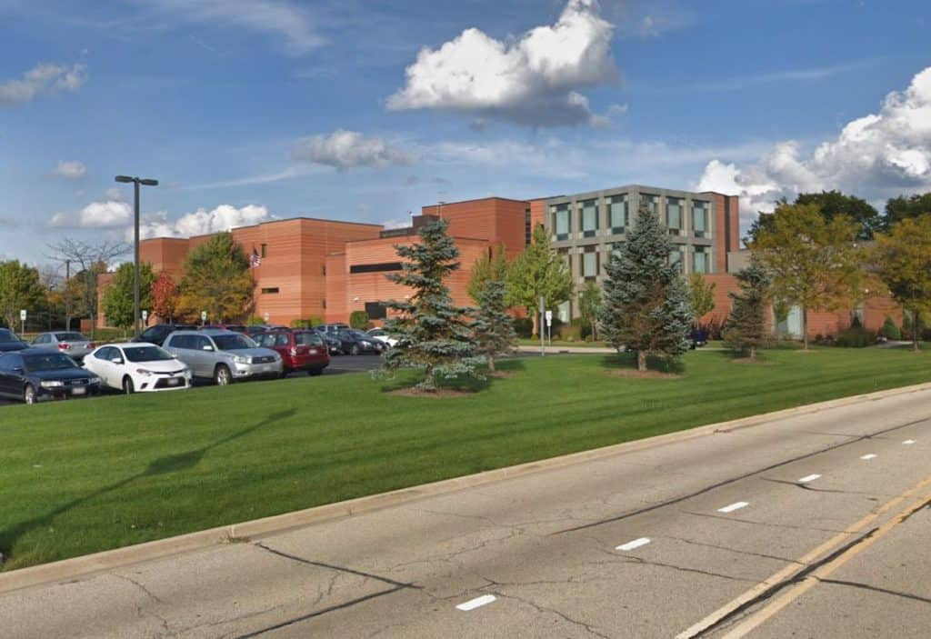 Armed car burglary suspects arrested, lockdowns lifted at Stevenson High School, College of Lake County Vernon Hills campus
