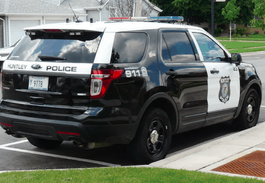 Police say 'no criminal intent' after girl offered ride by stranger in Huntley