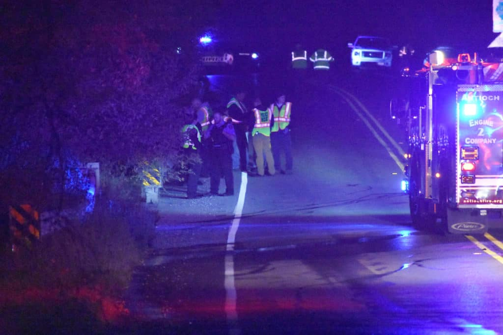 2 dead, 1 seriously injured following police pursuit that ended in a fiery crash in Fox Lake