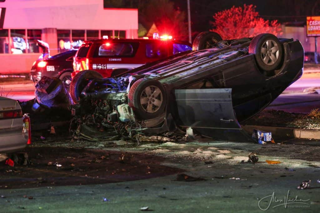 Tow truck driver, police officer rescue man trapped in fiery rollover crash in McHenry