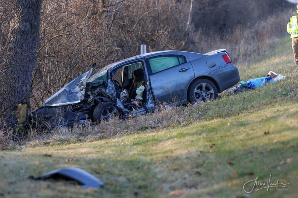 Man killed in single-vehicle crash near Woodstock; driver charged with DUI