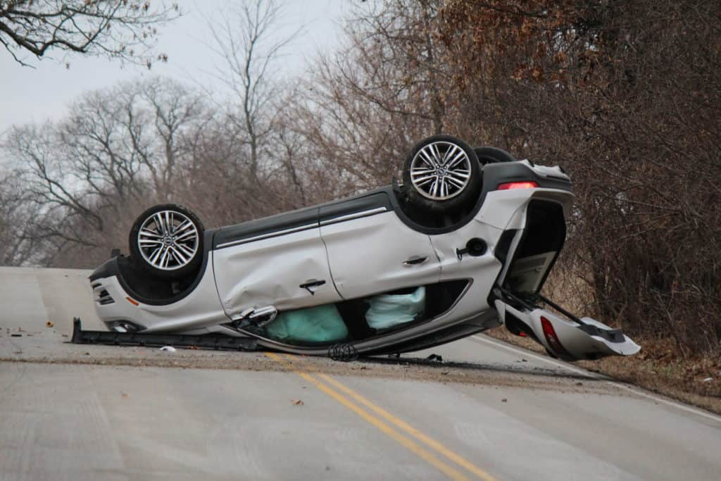 McHenry man killed in single-vehicle rollover crash near Wauconda
