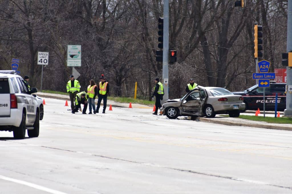 Woman seriously injured in two-vehicle crash in Gurnee