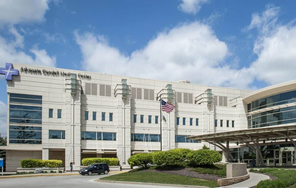 Advocate Condell Medical Center in Libertyville pauses COVID-19 vaccinations after adverse reactions