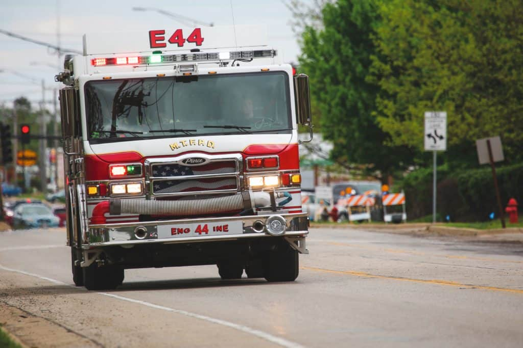 Fire causes extensive damage, leaves McHenry home uninhabitable