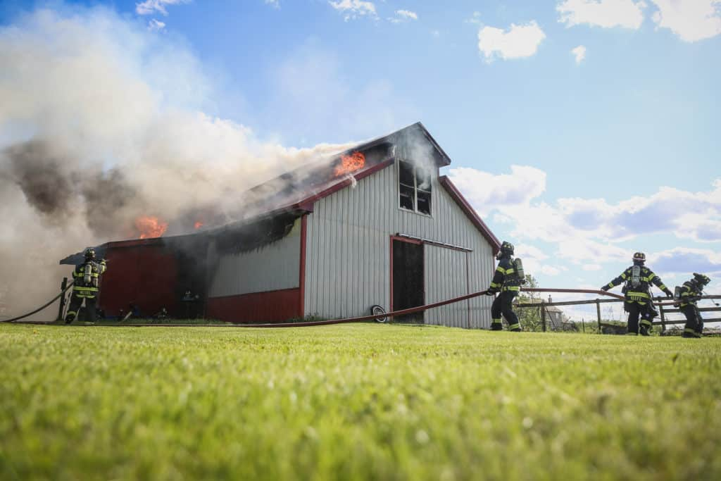 Barn fire causes extensive damage near Woodstock