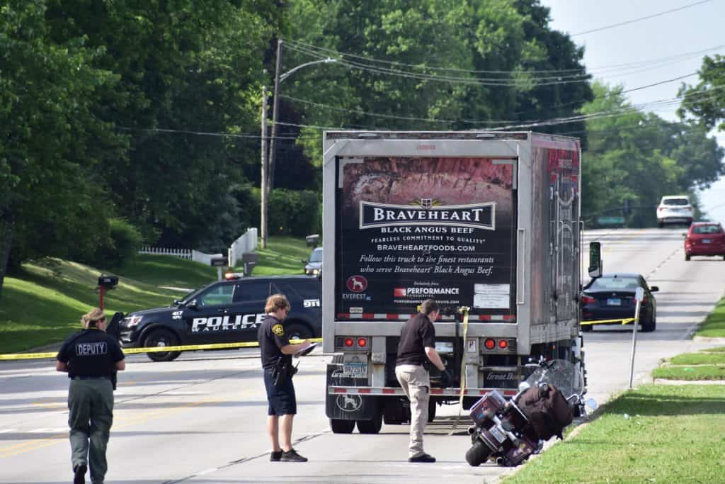Motorcyclist killed after crash with semi-truck in Waukegan