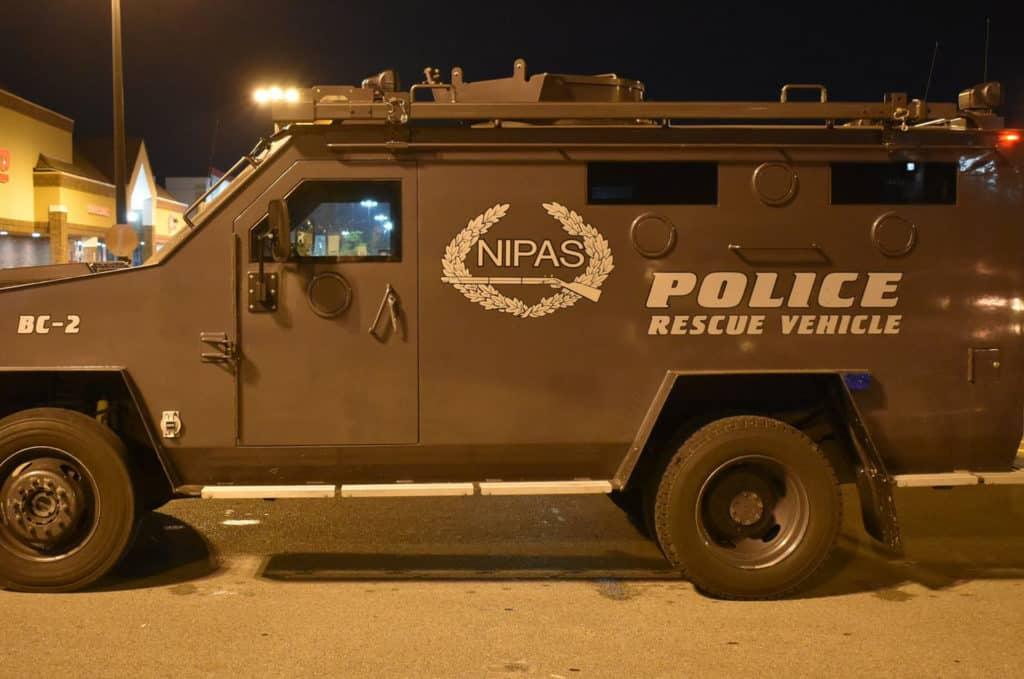 SWAT team responds after gunshot fired during argument at Gurnee apartment building