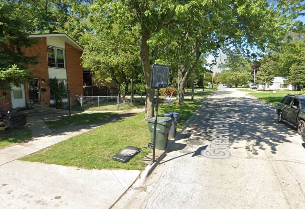 18-year-old man killed, 77-year-old woman injured in North Chicago shooting