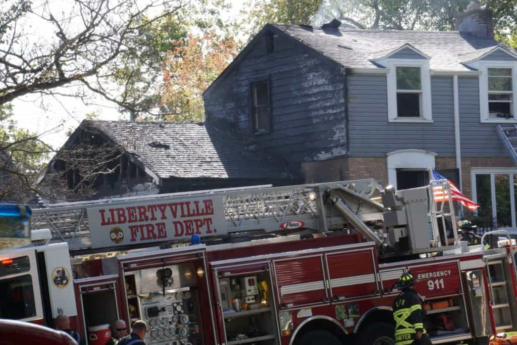 Two houses catch on fire in Libertyville