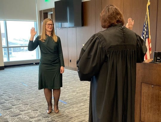 Jennifer Banek sworn in as the new Lake County coroner