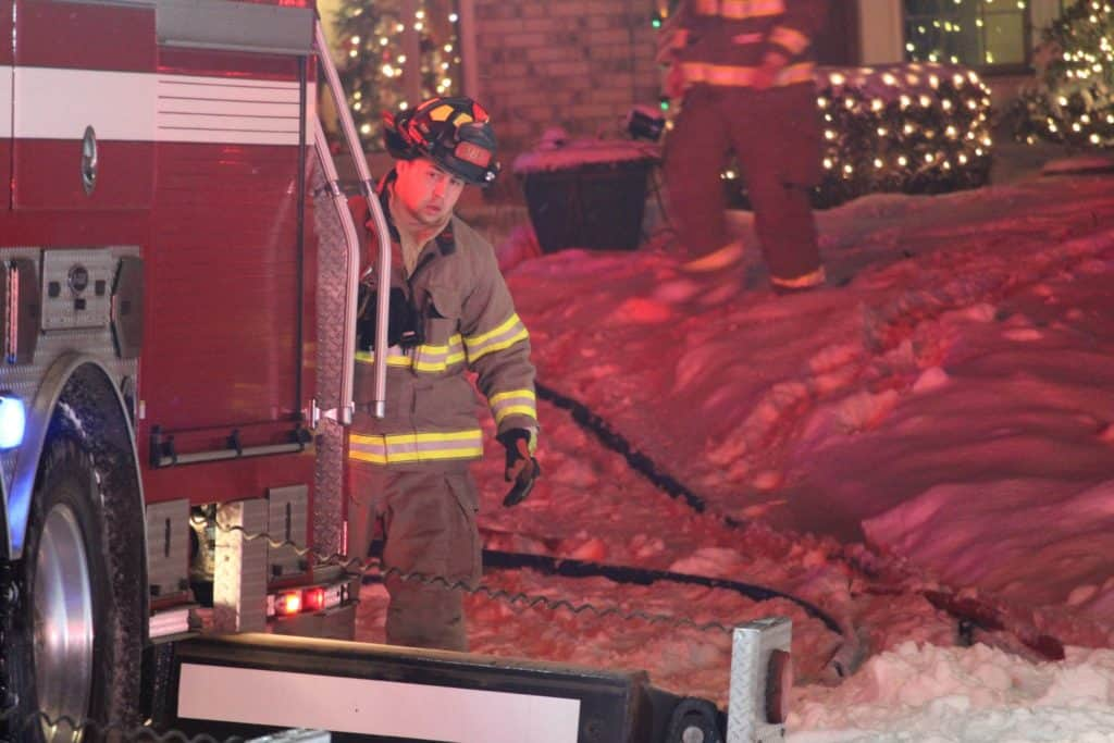 Firefighter injured while battling house fire in Algonquin